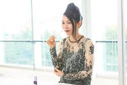 【特集/においと香りと人のからだ】 アロマセラピスト太田奈月さんの 香り術<後編>