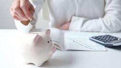 「お金が貯まらない人」が見直したい5つの支出|大きな節約より、日々の支出を見直そう