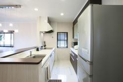 冷蔵庫の掃除の頻度ってどのくらいがベスト?こまめな掃除で清潔を保とう!