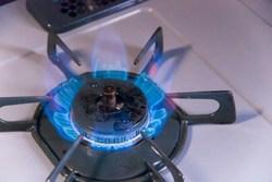 ガスコンロとIHどっちが良い?ガスコンロの選び方や取り付け方法も解説!