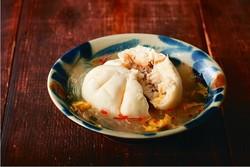 【コンビニ飯レシピ】ファミマの商品で作るおつまみ。肉まんスープ/肉かけ油揚げ/浸けたこ焼き