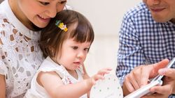 幼児期から「親子で英語」を習うとどうなるのか| 2人のバイリンガル育てた専門家の視点