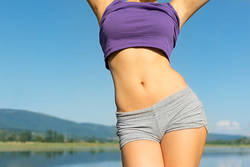 【体脂肪を減らしてすっきり♪】体も軽くなる1日20分運動とは?