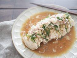 【簡単レシピ】さっぱりボリューミー。ダイエット中のおかずにおすすめ「レンジでよだれ鶏」