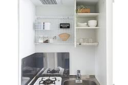 【一人暮らしDIY】狭いキッチンの収納力をアップ!カンタン壁面収納