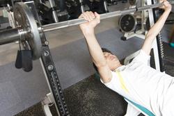 男を磨くダイエット法  第34回 ダイエット効果を高めるベンチプレス向上の秘訣
