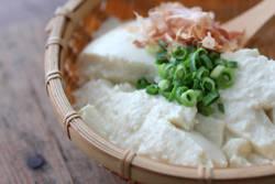 【今すぐやせたい人必見!】30円から始める豆腐ダイエットとは?