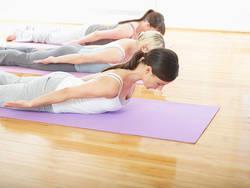 【1分エクササイズ】ダイエットに効果的!背中の筋肉を鍛えて脂肪燃焼体質