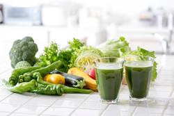 【ベジファースト】管理栄養士がダイエット中の野菜ジュースの活用法を解説♪