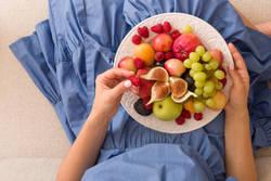 【果物=ヘルシー?】ダイエット中の効果的な食べ方&タイミング