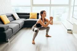 """年齢とともに筋肉は減っていく!加齢に負けないための """"自重トレーニング""""!"""