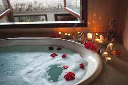 あなたは夜と朝どっち派?時間別・お風呂の効果と入り方のルール