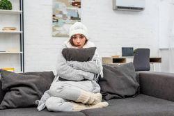 知らなかった…!暖房の温度は〇度が正解。電気代を抑える6つの節約術