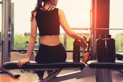 男を磨くダイエット法 第45回 ダイエット効果を高めるスミスマシン活用法