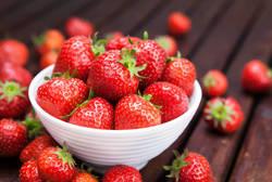 【週刊シル×3分クイズ】知ってるだけで2倍美味しい!おいしいイチゴの見分け方♪