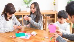室内で子供が喜ぶ&頭が良くなる「3大遊び」| 集中力も身につく!佐藤ママおすすめツール