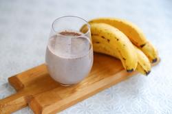 【タピオカの次に流行る!?】ミキサーなしでOK「バナナジュース」レシピ&美容に効果大の簡単アレンジ