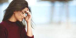 春は頭痛にご用心。女性を悩ませる痛みの対処法と予防策|Tonoel(トノエル)