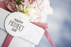 「母の日にお花」はもう終わり!?母が本当に欲しいギフトBEST3!