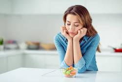 【頑張っているのになぜ?】食事制限ダイエットでリバウンドしてしまう理由