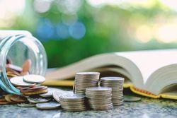 今こそ「お金」の勉強を!家で読みたいお金の本ベスト5