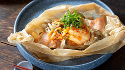 【きょうの健康レシピ】サケとキムチの包み焼き…ピリ辛風味でご飯もすすむ