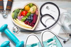 ぽっこりお腹にも!コレステロール、中性脂肪に効果的な運動とは?
