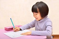 宿題をさせる「叱る」「黙認」ではない第3の方法とは?