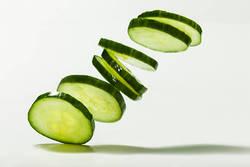 【脇役なんて言わせない!】きゅうりを丸ごと楽しむレシピ5選