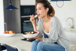 【ラクやせテクニックを大公開】厳選!ダイエット中に食べたいコンビニ商品4選      コンビニダイエットの3つのポイント