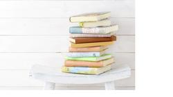 スキマや収納スペースを有効利用!コンパクトかつ大容量な本棚&ブックエンド20選