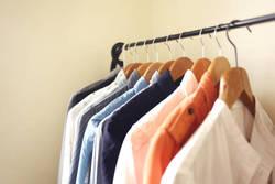 衣替えいらずなクローゼットづくりの方法と便利アイテムをご紹介!【整理収納アドバイザー直伝】