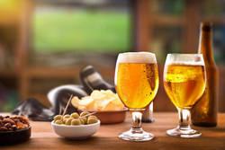 【お酒も楽しむ!】ダイエット中の「おつまみ」の選び方