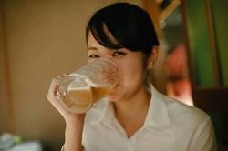 【管理栄養士が解説】お酒はいくら飲んでも太らないって本当?