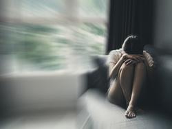 生理前のうつや落ち込みがひどい…PMSではなく、PMDD(月経前不快気分障害)かも