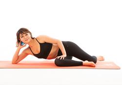 美姿勢トレ/縮こまった首元に効く、胸鎖乳突筋ほぐしのポーズ