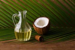 使い方が要!ココナッツオイル、MCTオイルの正しいダイエット活用術