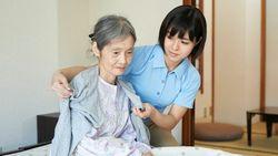 困る前に知ってほしい「在宅介護の負担」抑える術|「通所系」を組み合わせて仕事と介護を両立する