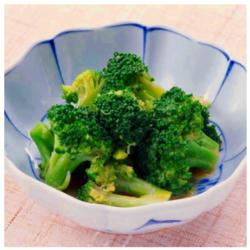 【食べて免疫力UP☆ヘルシー時短レシピ】ブロッコリーのピーナッツあえ[52kcal/10分]